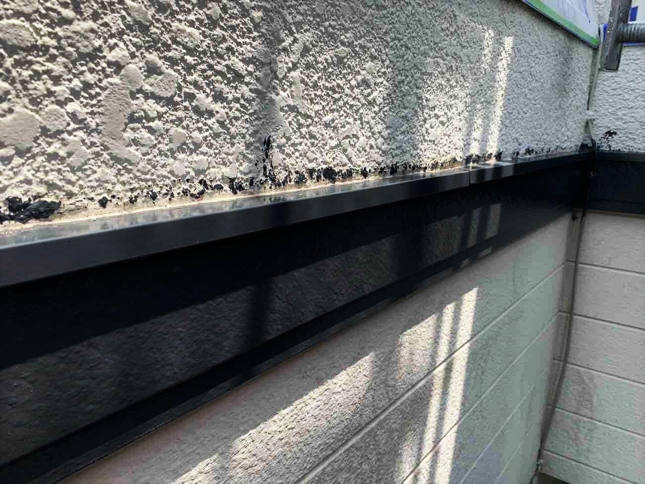 外壁にカビ繁殖